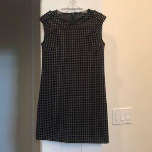 Banana Republic Mod Dress. Size 4